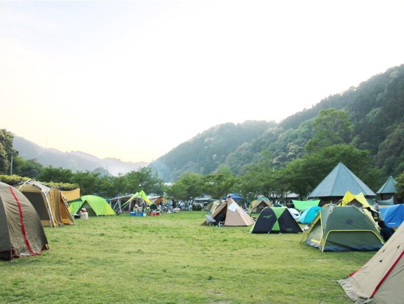 萩阿武川温泉公園キャンプ場のサイト