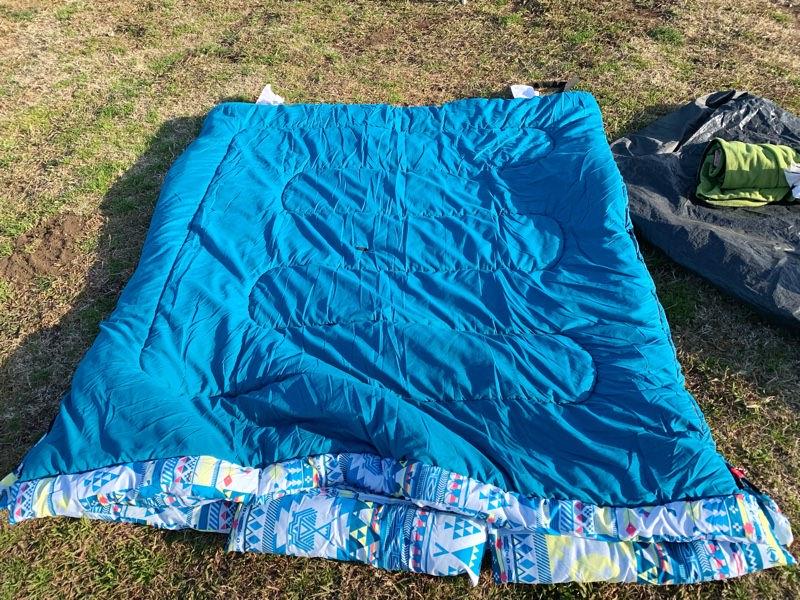 お布団タイプの寝袋!暖かい